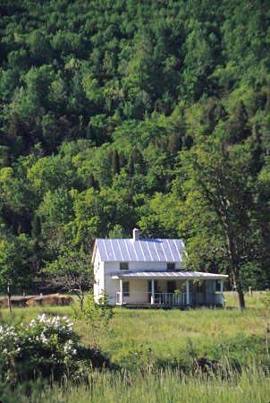 0707-10PendletonCoWvaSmallFarmHouse
