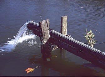 048806pondrecyclewater